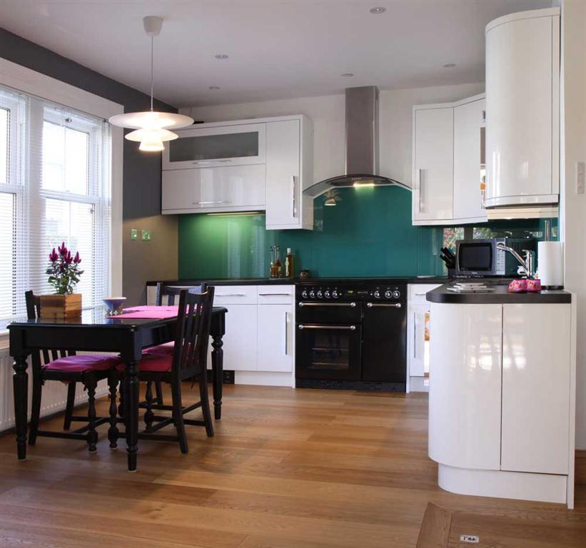 Connoisseur Kitchens Uk